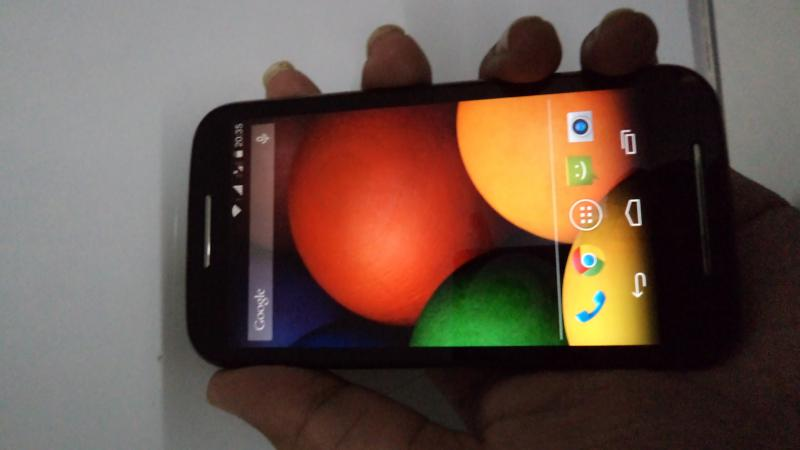 Moto E in Hands